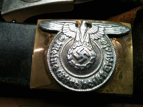 SS Buckle: Can someone help me out?