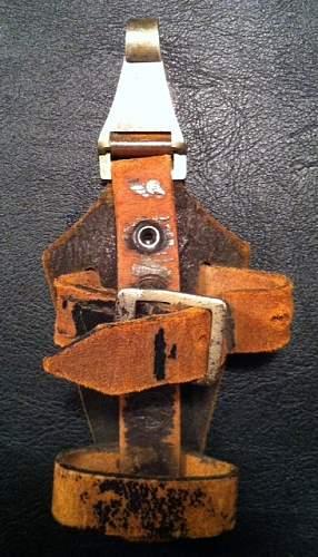 SS leather markings ( belt & cross straps D rings Brocades etc)