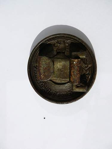 ELJ officer buckle in the detailed photos