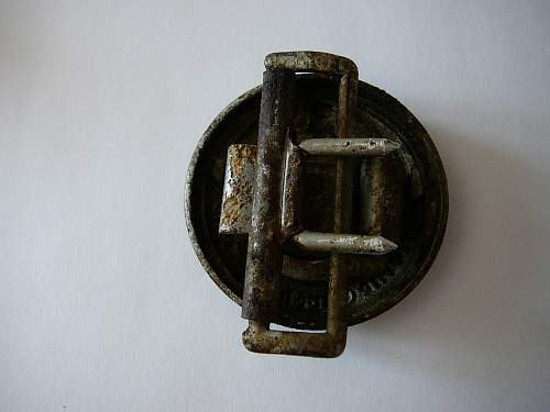 36/42 officer buckle in the detailed photos