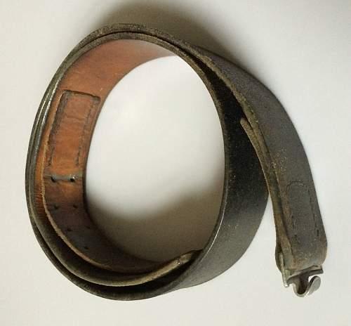 SS 1325 / 43 RZM Marked Belt  ?