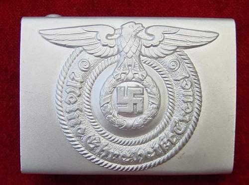 SS enlisted belt buckle and belt.