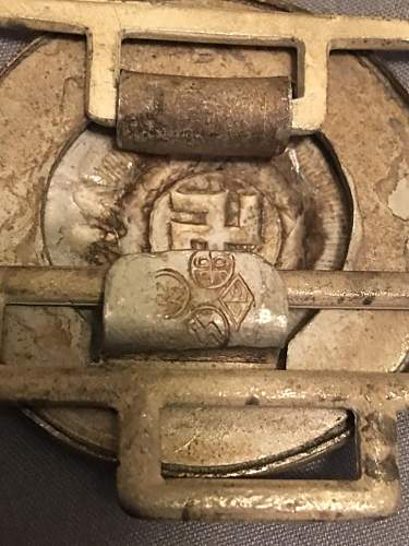 Need help!  SS buckles real?