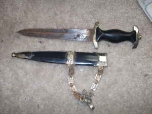 SS chained dagger, real one?