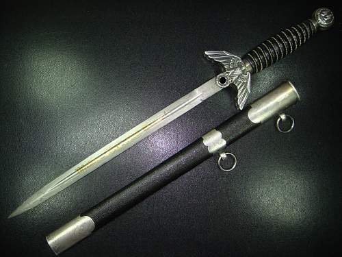 Click image for larger version.  Name:ss-prototyp-dagger-carl-eickhorn-solingen-11.jpg Views:179 Size:58.7 KB ID:326711