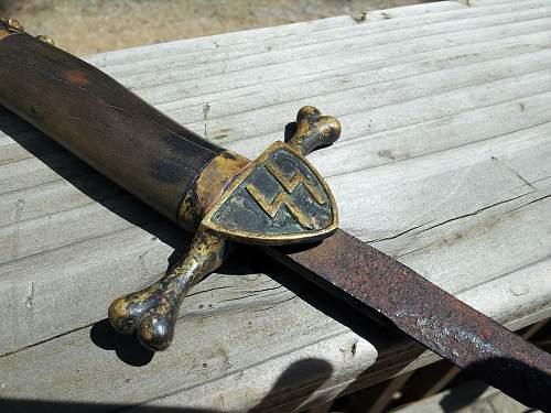 Totenkopf SS dagger