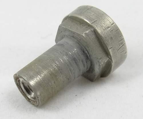 Click image for larger version.  Name:pommel-nut.jpg Views:79 Size:50.4 KB ID:339508