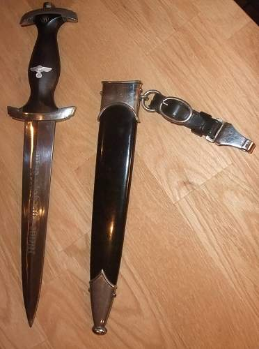 Click image for larger version.  Name:SS Dagger with scabbard.jpg Views:102 Size:220.7 KB ID:437986