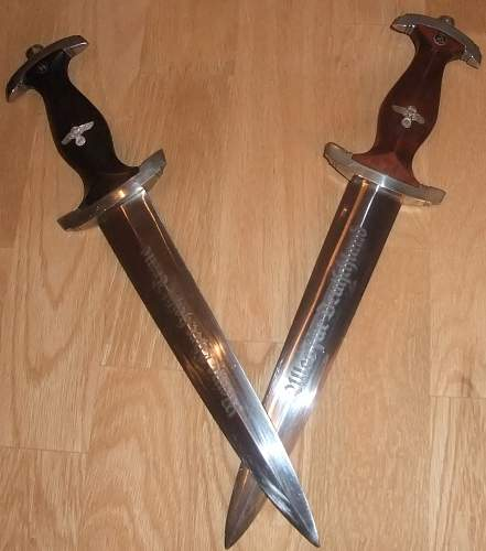 Click image for larger version.  Name:SS and NSKK daggers.jpg Views:76 Size:218.5 KB ID:437995