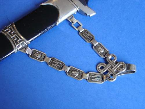 Click image for larger version.  Name:Chain Obverse.jpg Views:153 Size:90.5 KB ID:498304