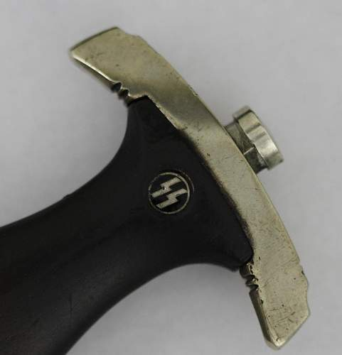 M36 chained SS dagger II type