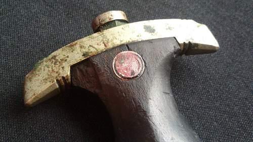 Original SS chained dagger