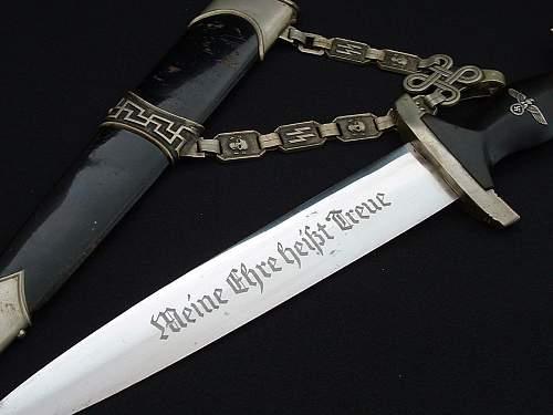 The Earliest SS Chain Daggers