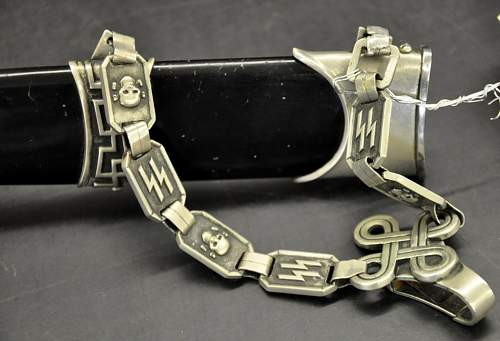 Chained SS/Himmler @ auction