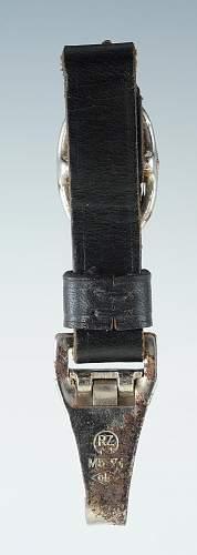 SS M33 dagger hanger ?