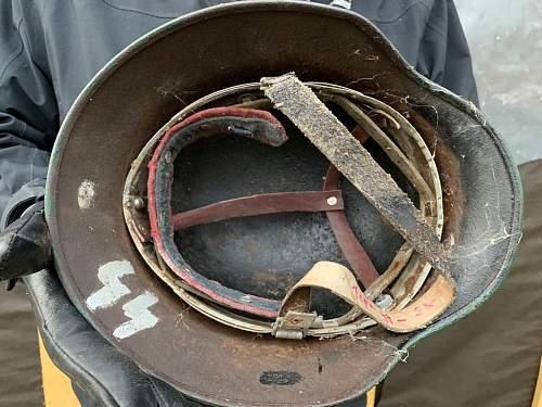 Finnish SS volunteer helmet?