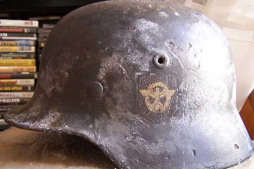 Double decal M40 4th SS Polizei Division helmet
