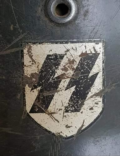 SS m40 helmet?