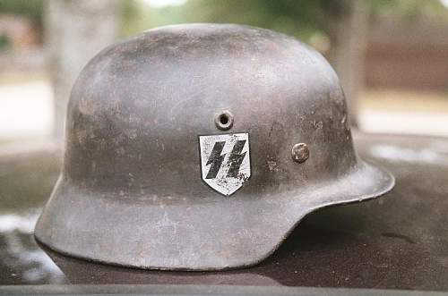 m-40 SS SINGLE DECAL HELMET,,OPINIONS WANTED