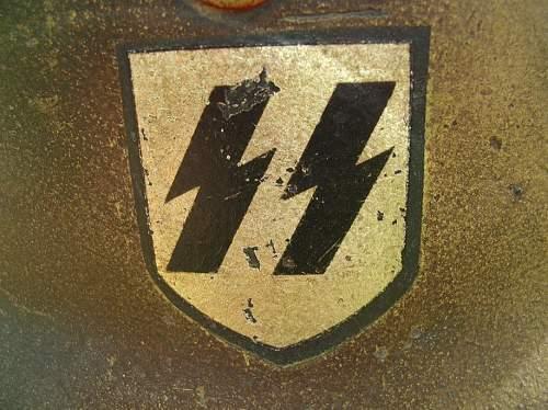 M35  SS DD Stahlhelm