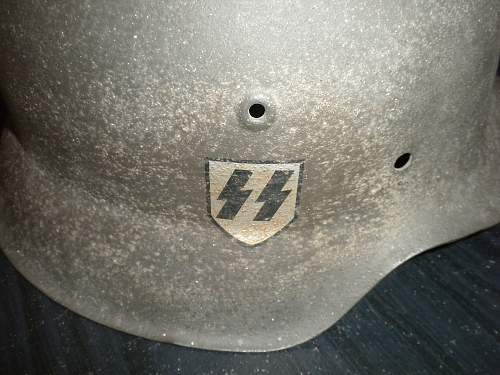 Is this a fake SS M-42?