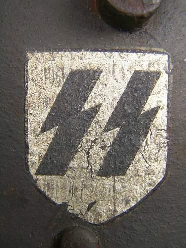 SS DD M16 helmet Pocher decals