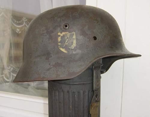 2 SS helmets...
