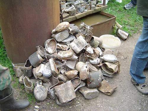 Click image for larger version.  Name:German Estonian finds.jpg Views:42 Size:104.7 KB ID:376980