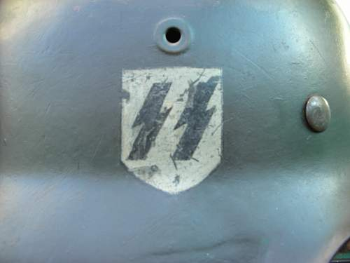 Question on M42 Single decal SS helmet