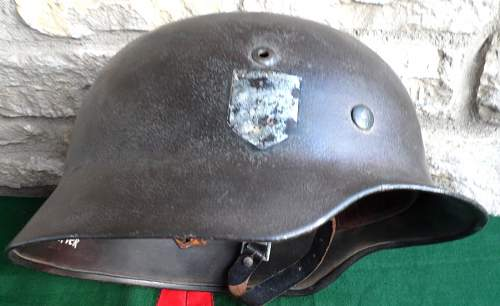 Click image for larger version.  Name:M7012_Waffen-SS_M40_combat_helmet.JPG Views:35 Size:108.6 KB ID:583349