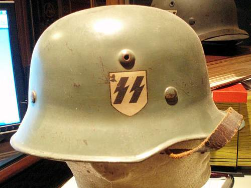 Click image for larger version.  Name:M-34 SS HELMETS 001.jpg Views:48 Size:90.5 KB ID:583648