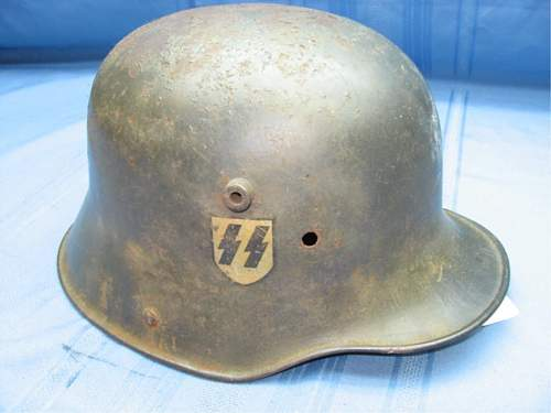 Click image for larger version.  Name:ss helmet auction 1.jpg Views:138 Size:67.4 KB ID:78535