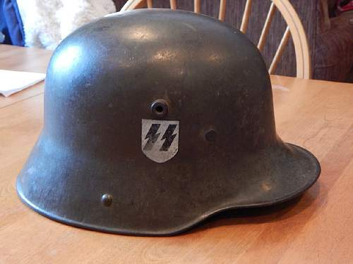 Transitional helmet m16 with double decals  are they real or fake