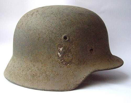 German relic m40 ss helmet real or fake decal?