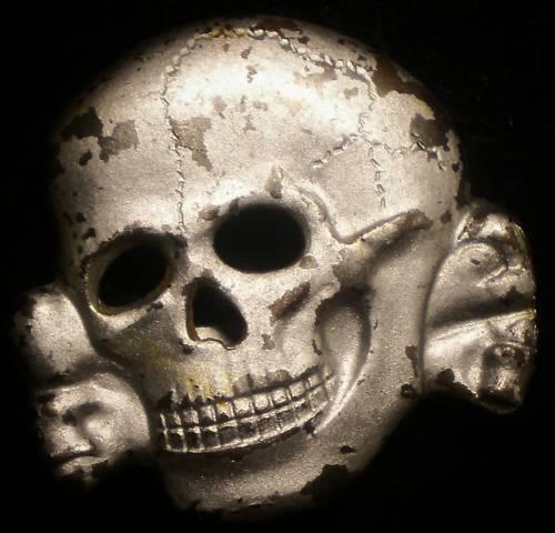 Ss skull cap badge. SS 373/43 marked