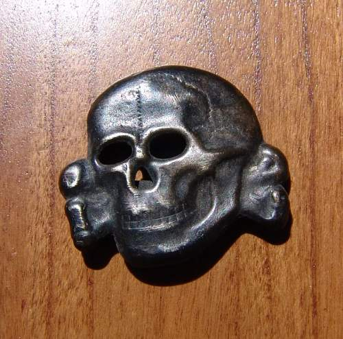 totenkopf cap insignia, real or fake?