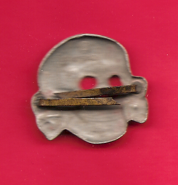 Once again, another Totenkopf for you all to look at, 475/42 RZM marked. Real or repro?