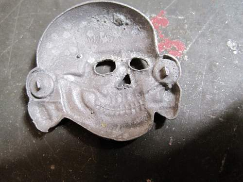 Some Cap Skulls Good Or Bad. One 499/41 marked