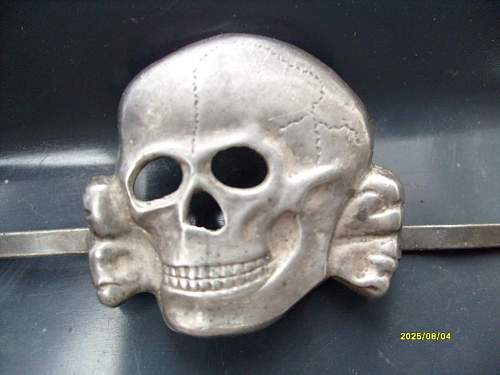 Cap skull: SS/RZM 135/39 .850 silver marked