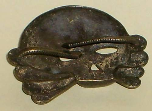 Click image for larger version.  Name:Skull haunted-sad eyes type 1c buntmetall USD 110.-.JPG Views:47 Size:37.2 KB ID:139125