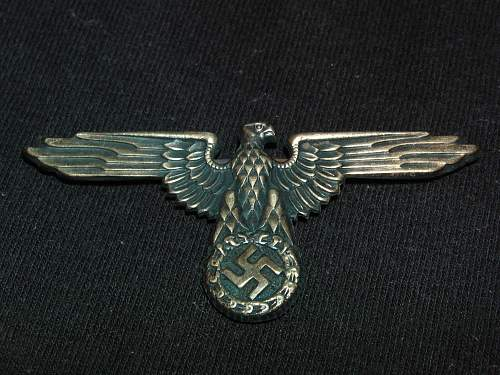 HELP with cap eagle and skull please