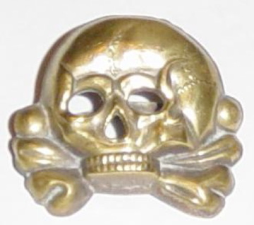 Totenkopf with screw back fitting: real or fake?