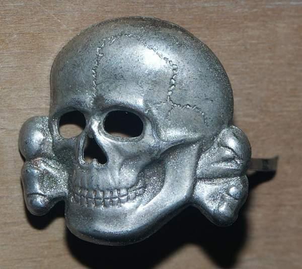 Click image for larger version.  Name:Deschlerskull.jpg Views:100 Size:70.8 KB ID:21313