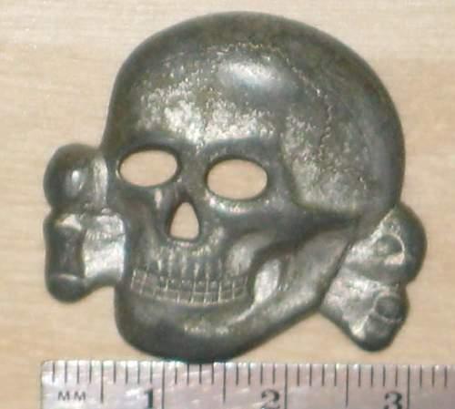 RZM M1/24 cap skull insignia: real?