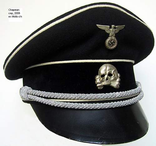 Click image for larger version.  Name:Chapman black officer's cap  Gesamt.jpg Views:47 Size:98.6 KB ID:237972