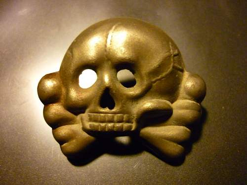 Is the real or fake SS Skull?