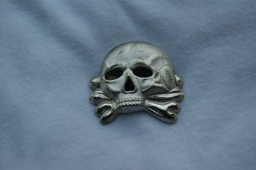 Early Totenkopf- confirming a fake