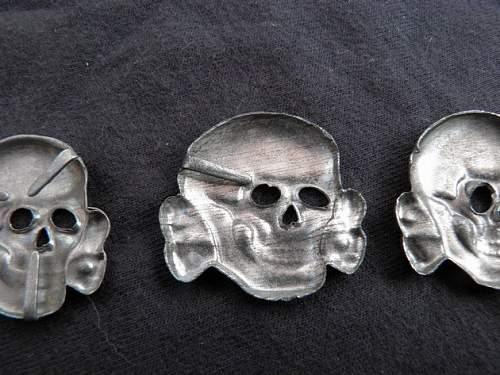 Three Assmann skulls, real or fake?
