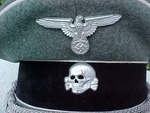 fake SS visor eagle ?