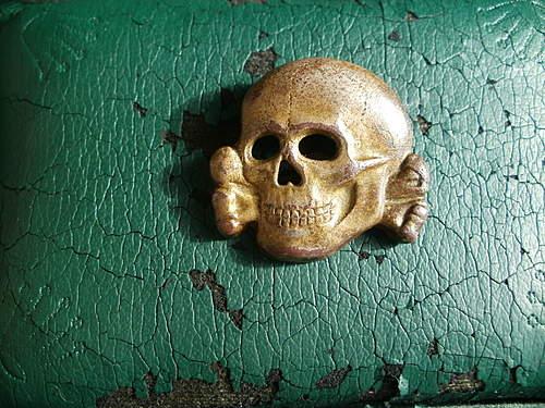 Neusilber alloy skull